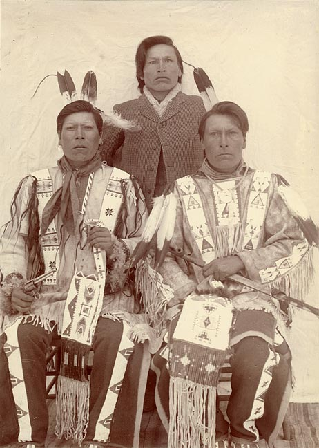 White Lance, Joseph Horn Cloud & Dewey Beard, 1907 [RG1227.PH000025-000004]