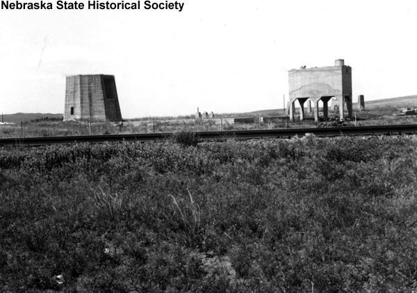 The ruins of the potash plant at the former town of Hoffland, Sheridan County, Nebraska, July 9, 1955. NSHS RG2541-6-31