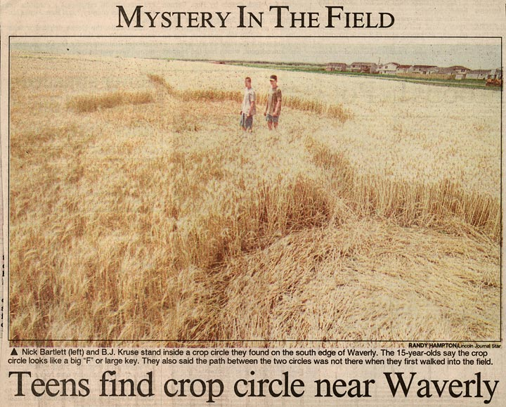 Circles in corn leave farmers forlorn history nebraska teens find crop circle near waverly source lincoln journal star 7 publicscrutiny Choice Image