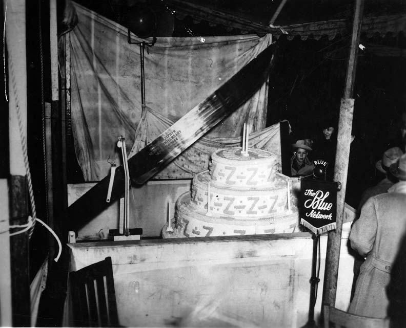 Giant knife, used to cut cake celebrating the 10 year anniversary of the Pioneer Zephyr, Lincoln, 1944.  Source: Chicago, Burlington & Quincy Railroad Company, Chicago, Illinois