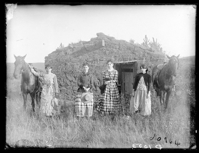 The Chrisman sisters near Goheen settlement on Lieban Creek, Custer County, Nebraska, 1886, Solomon D. Butcher, photographer [RG2608.PH1053]