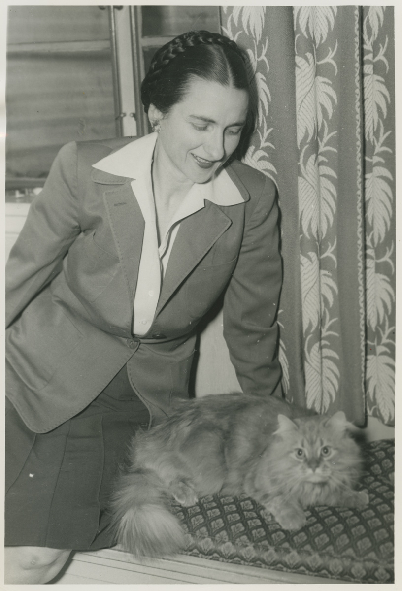 Flavia Waters Champe with her cat, Rowdy.