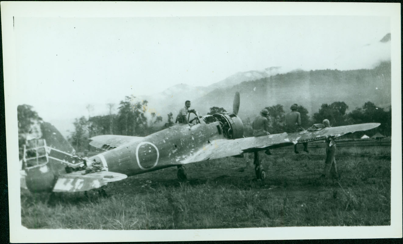 Wrecked Japanese plane [RG5841-8-31]