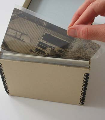 Storing photographs safely in a protective case