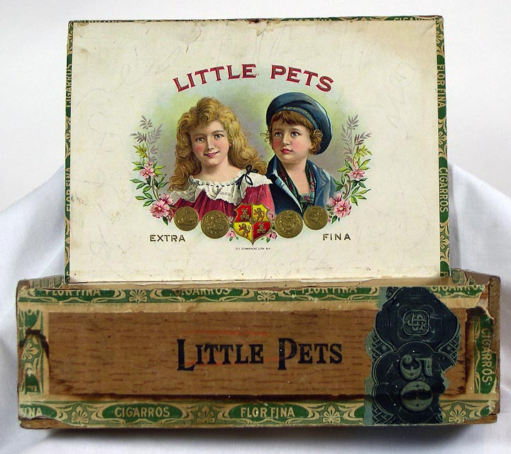 Little Pets Cigar box, interior (13052-27)