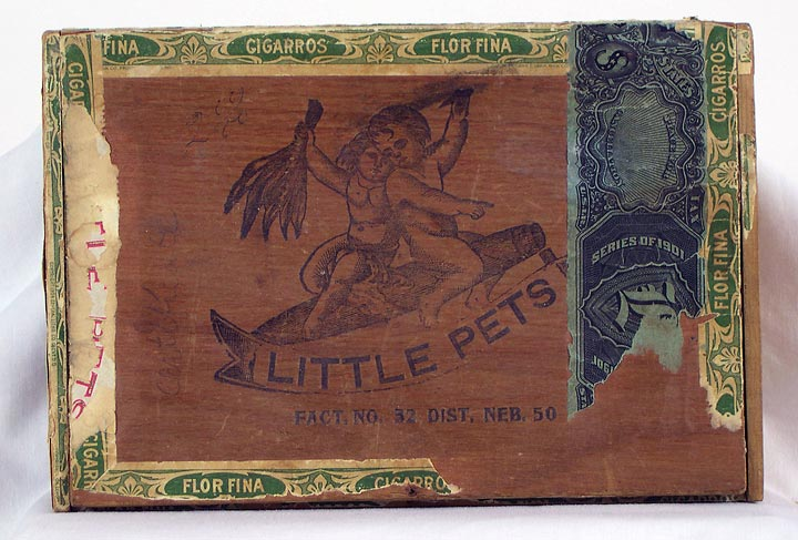 Little Pets Cigar Box (13053-27)