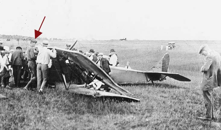 downed aircraft was taken in March of 1922 at Page Field in Lincoln (RG2929-434)