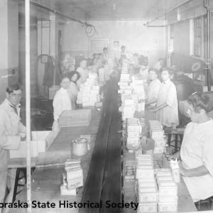 Fairmont Creamery, butter packing, Omaha plant, 1911