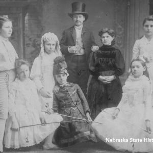 Cast of 'Beauty and the Beast' including Willa Cather in a top hat