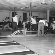 Lincoln Bowling Parlors, 1946 (RG2183.PH1946-218-1)
