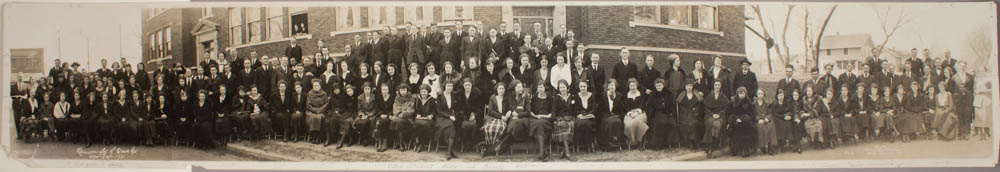 panoramic photo, students, University of Omaha, 1921